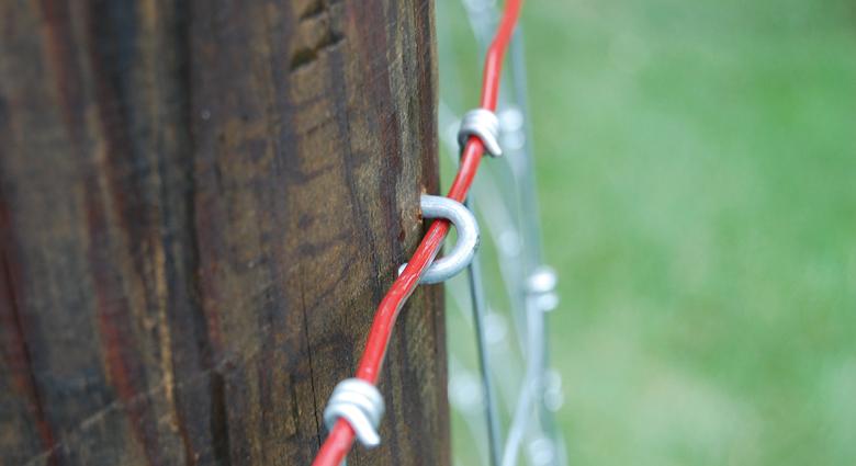 proper side of fence posts